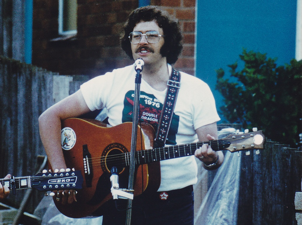 Tony Burt : Jubille Day 1977